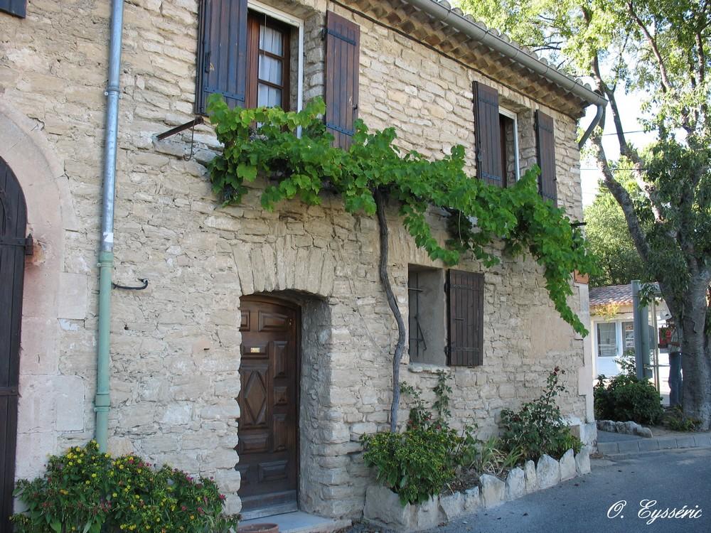 Goult en vaucluse page 6 for Photos de facades de belles maisons