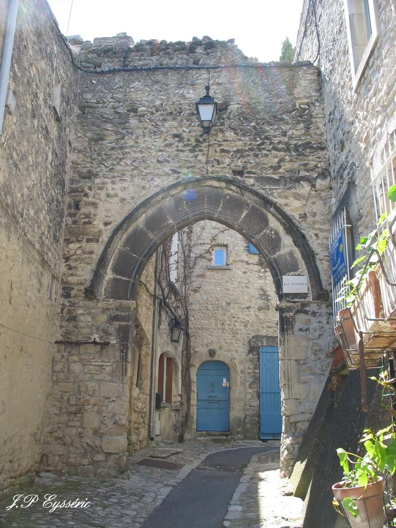 Vaison la romaine cite medievale - Office du tourisme de vaison la romaine ...