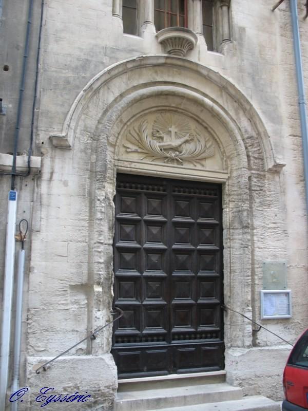 Avignon 5 - Porte de la chapelle five ...